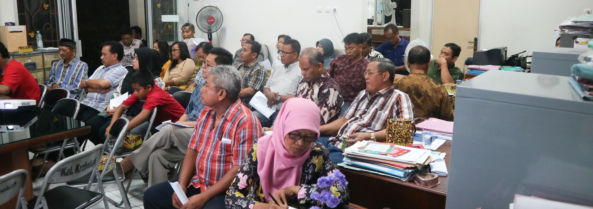The Formation Of The Disaster Preparedness Groups In 8 Sub-Districts West Flood Canal Area Semarang